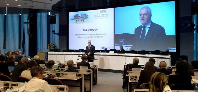 Jan Olbrycht na Forum miejskim w Brukseli