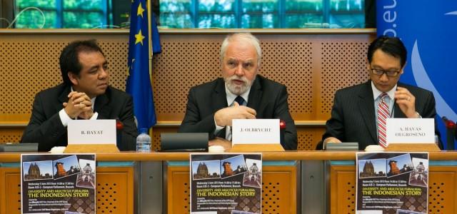 """""""Jedność w różnorodności"""". O Indonezji w Parlamencie Europejskim."""