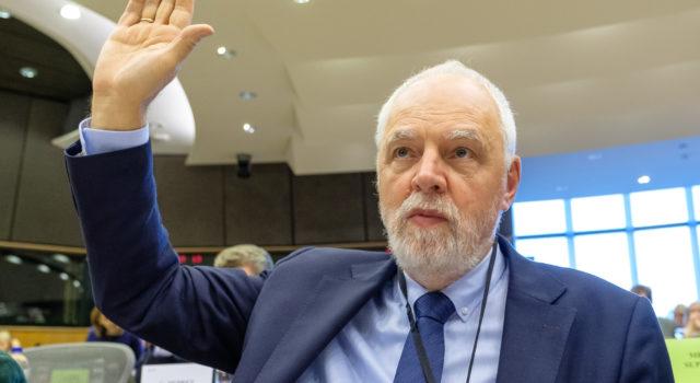 Listopad w Strasbourgu: Głosowanie Sprawozdania okresowego WRM przygotowanego przez Jana Olbrychta