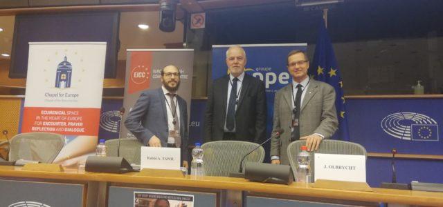 Dialog międzyreligijny: problem radykalizacji i neofaszyzmu